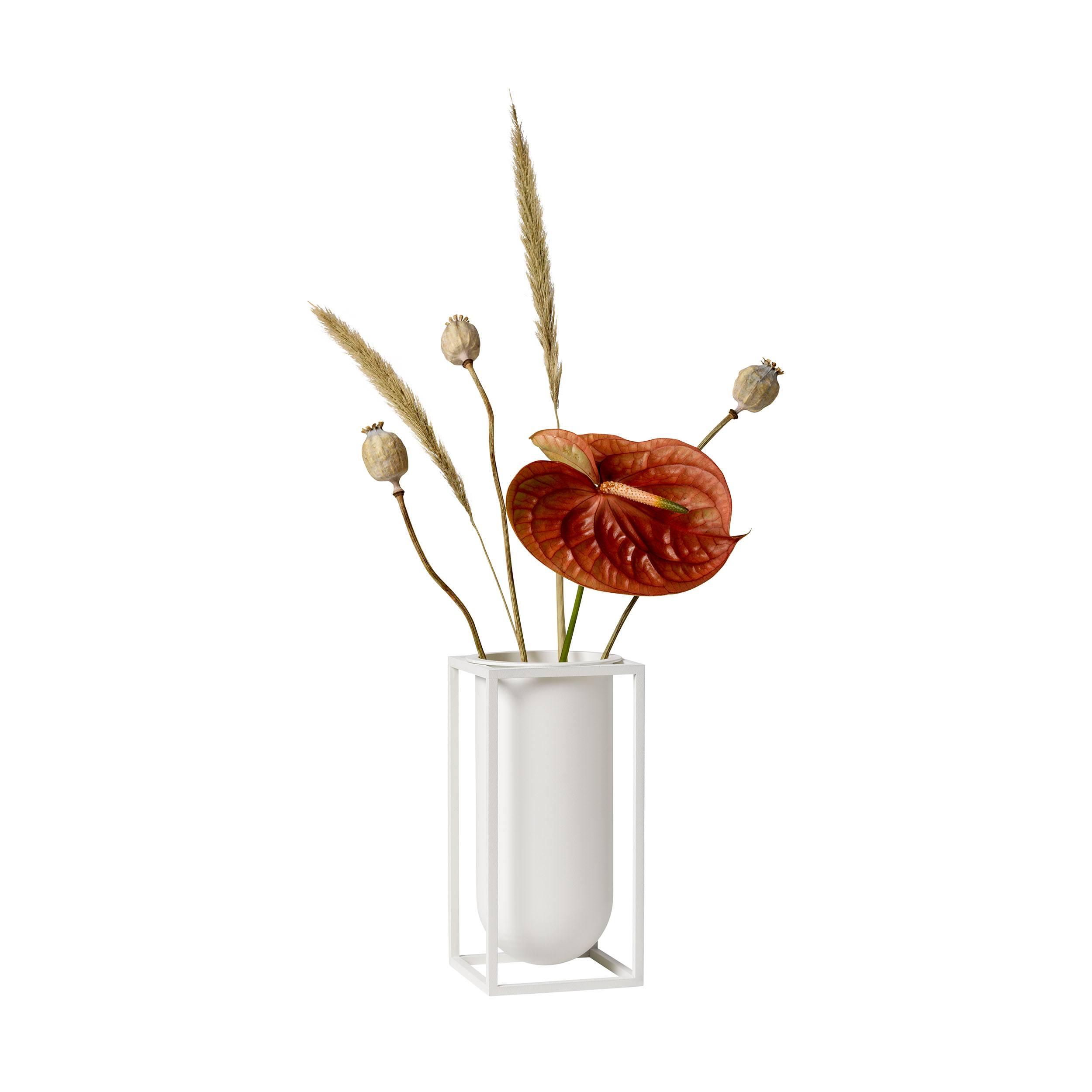 Kubus Lily Vase