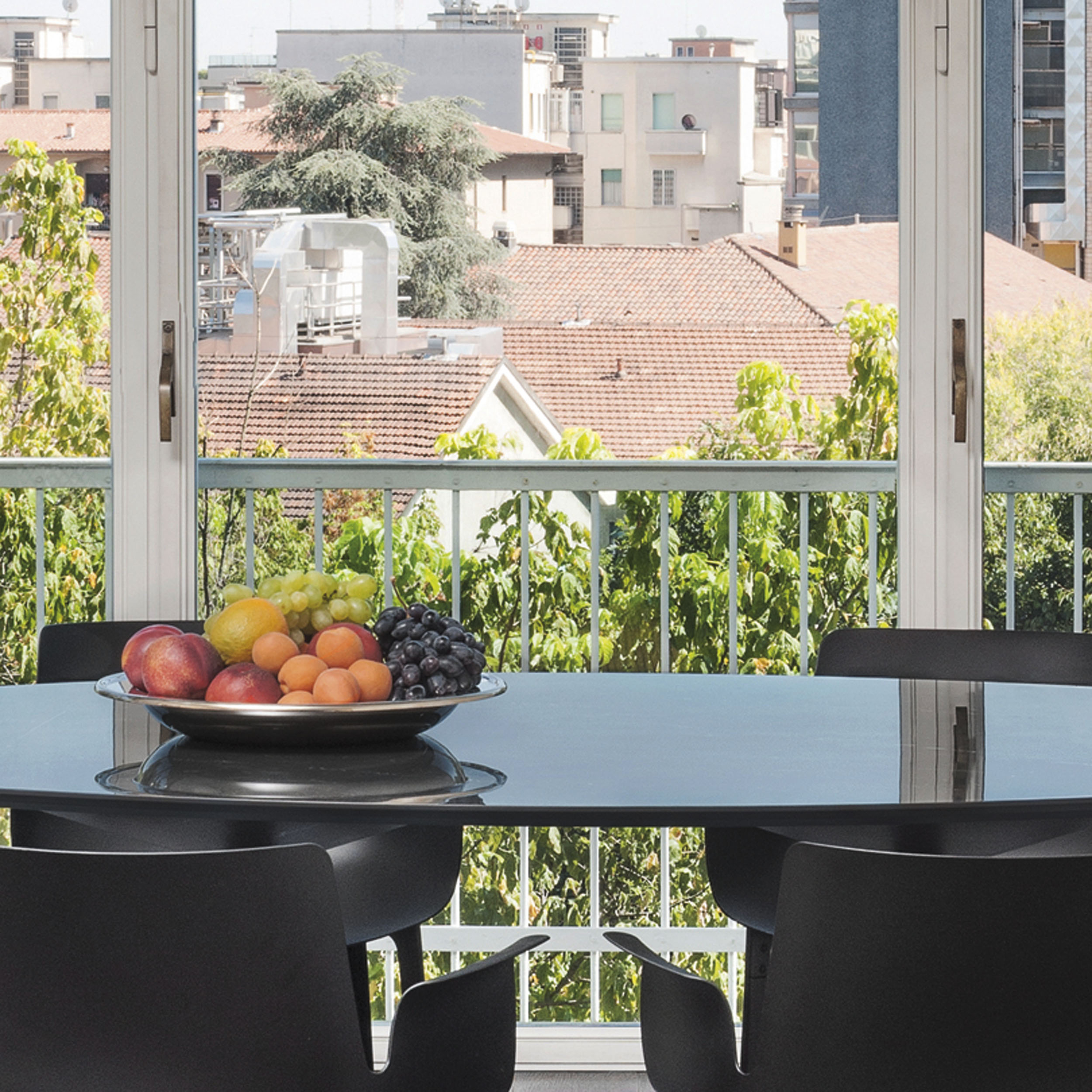 Multiplo Glas Tisch eckig mit Kreuzfuß
