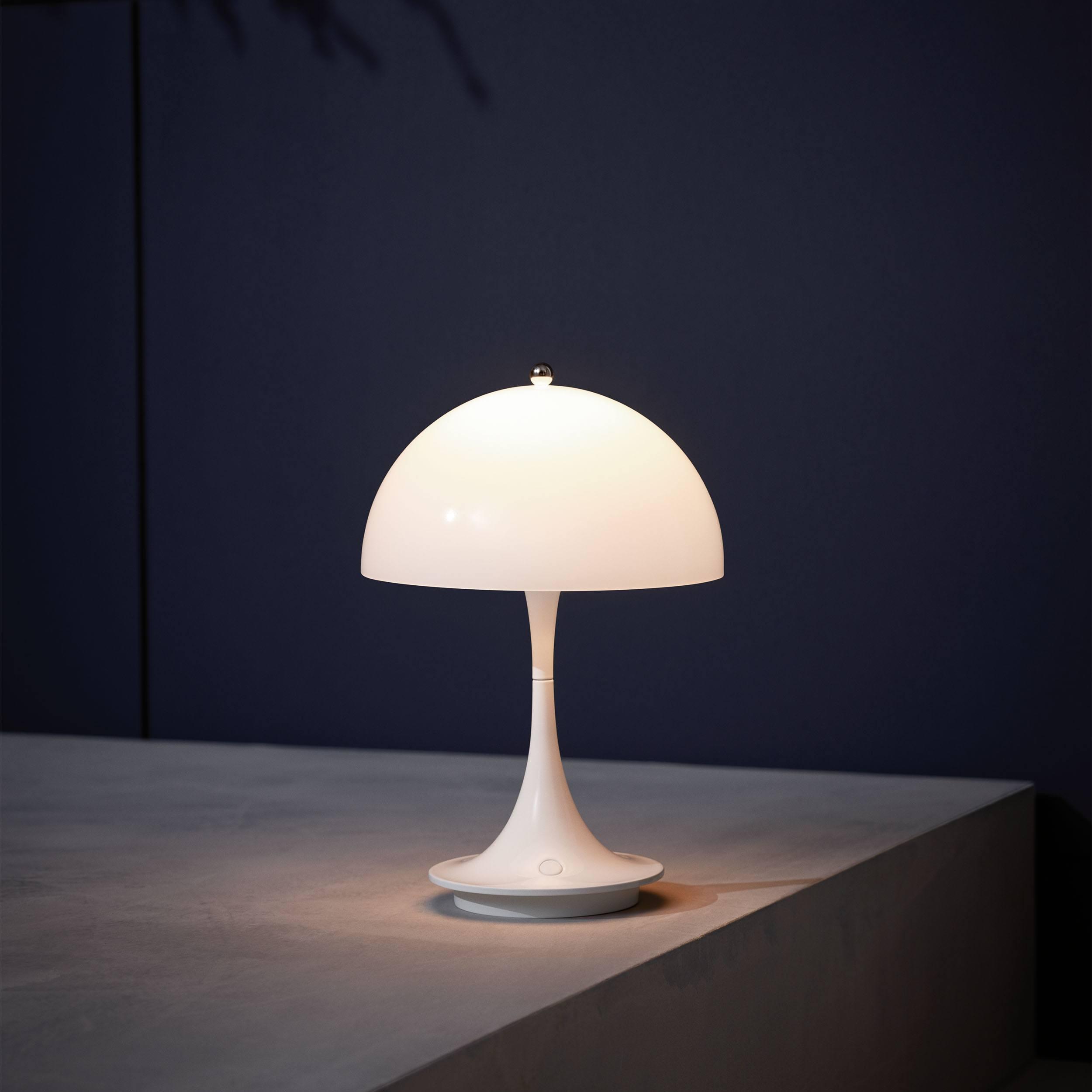 Panthella Portable LED Tischleuchte