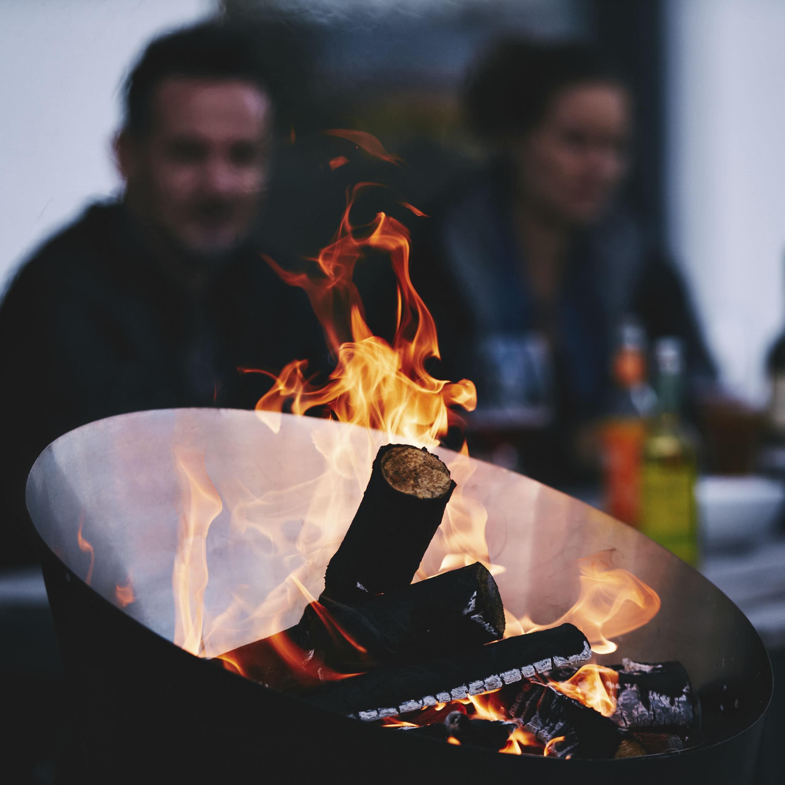 Cone Grill und Feuerschale