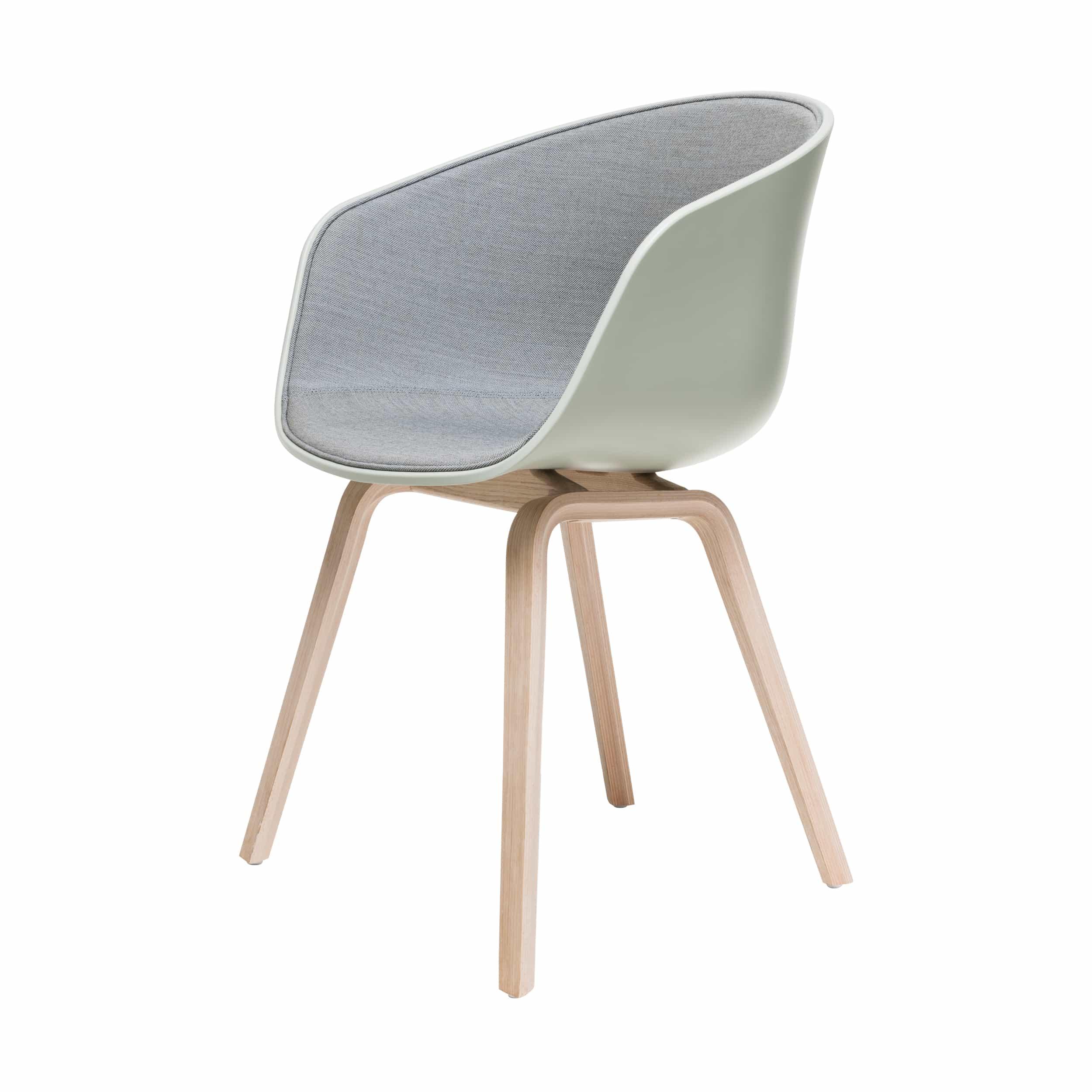 About A Chair AAC22 Spiegelpolster Stuhl geseift