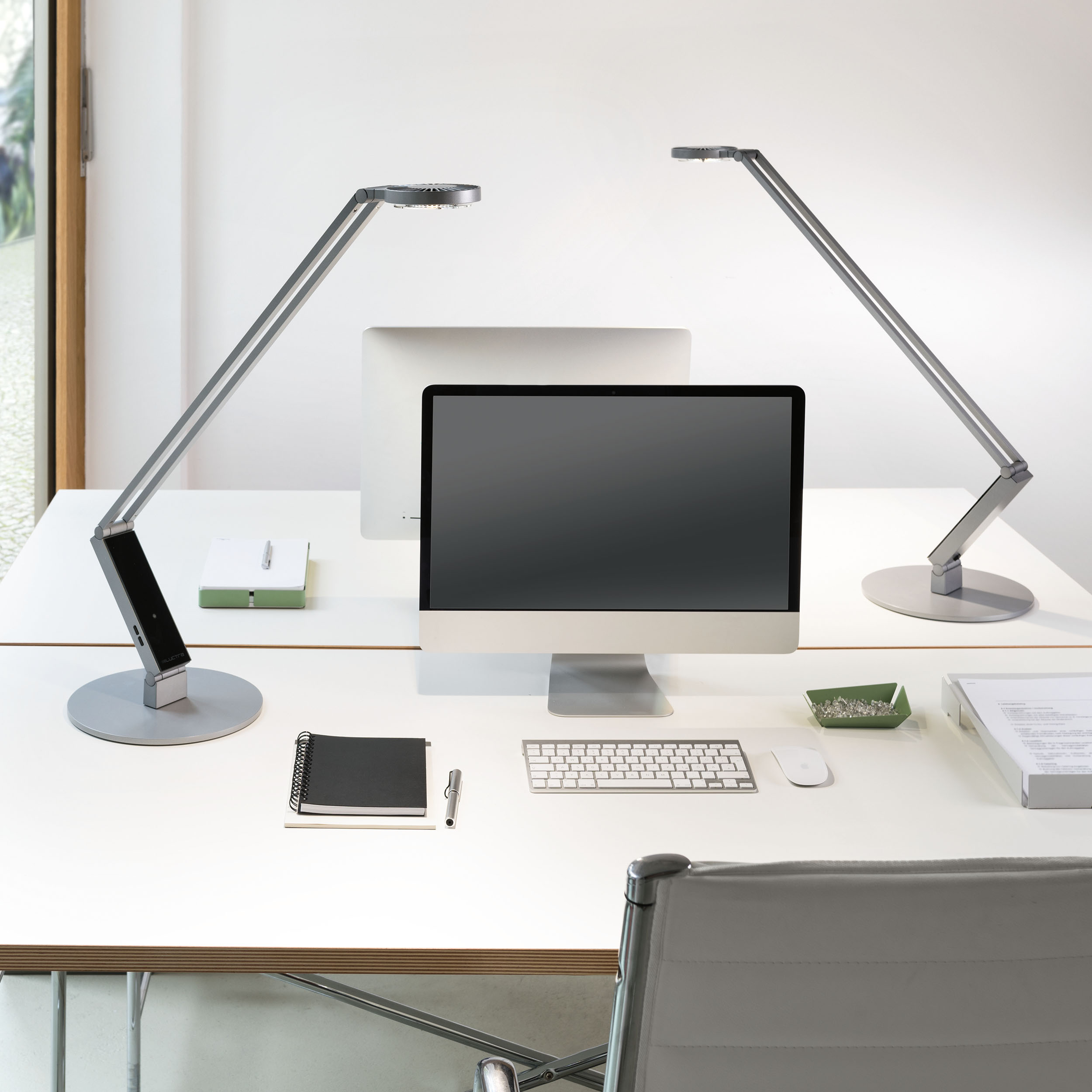 Radial Table Pro LED Tischleuchte