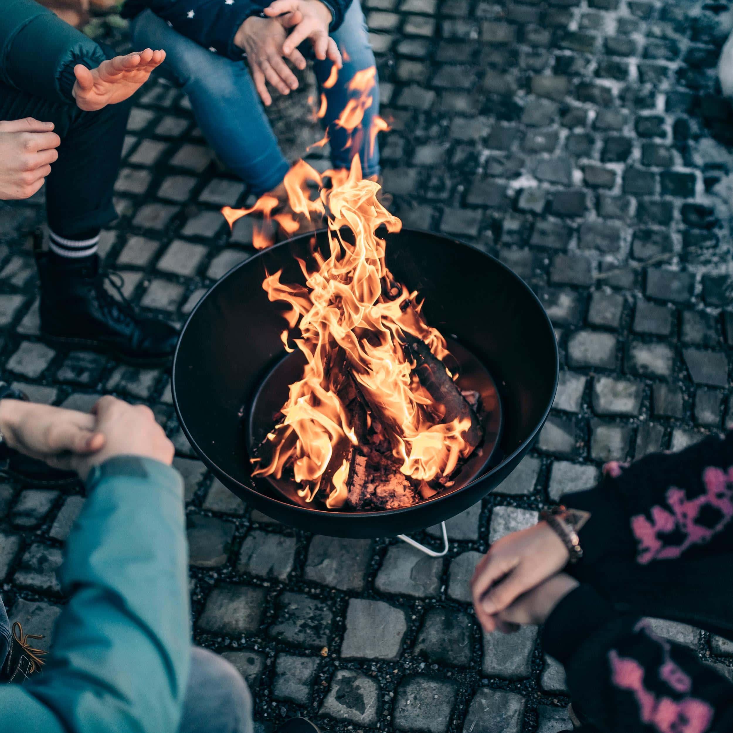 Bowl Feuerschale mit Drahtfuß