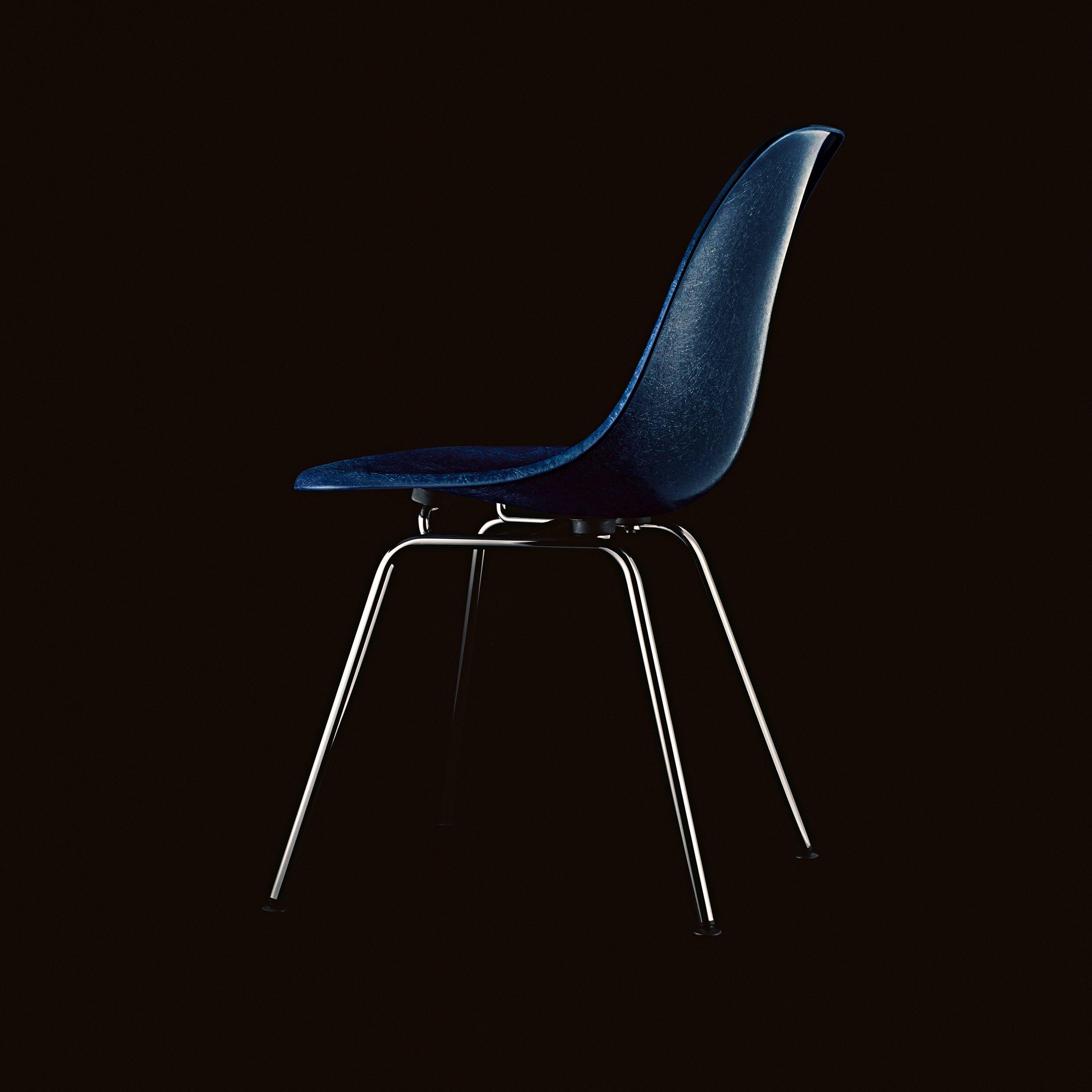 Eames Fiberglass Side Chair Stuhl DSX Kunststoffgleiter