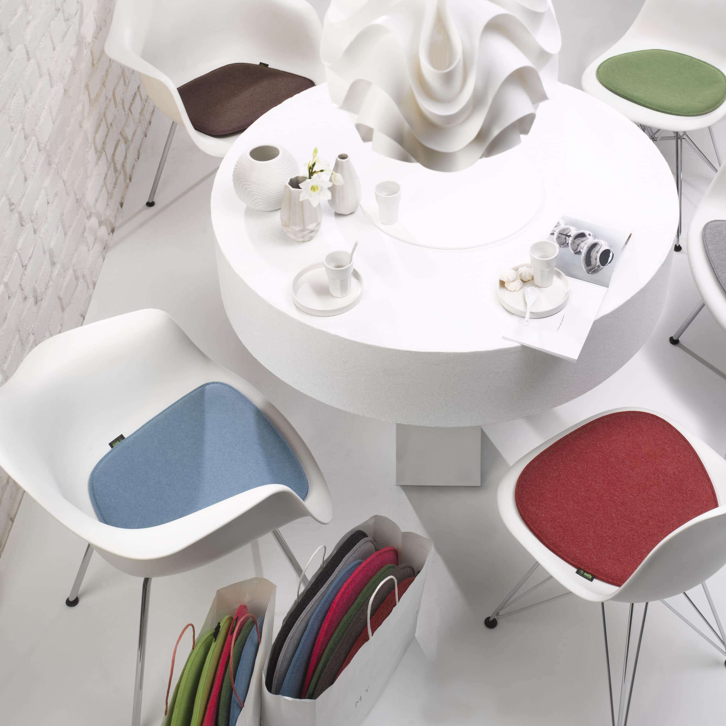 Violan Sitzkissen für Eames Armchair