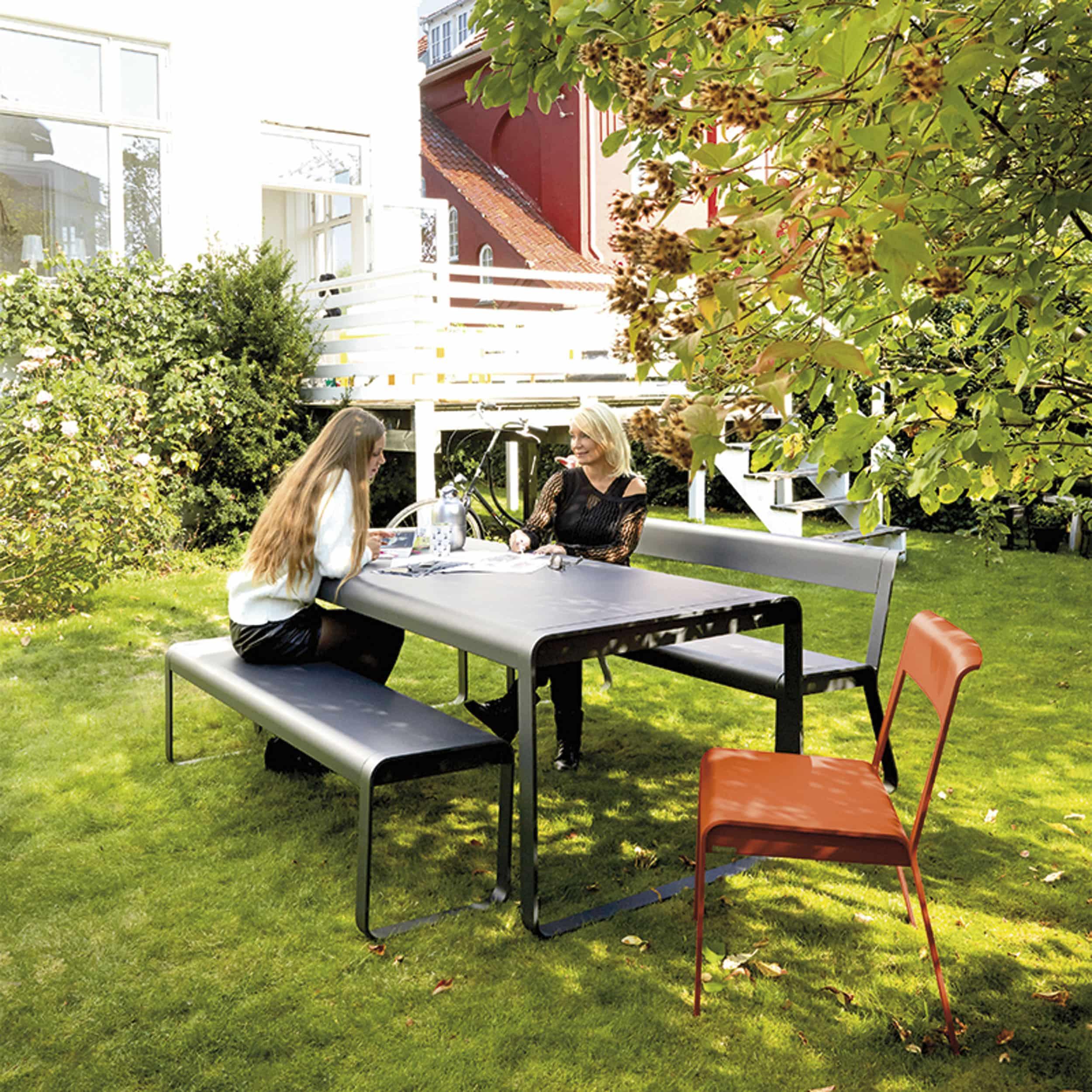 Bellevie Tisch