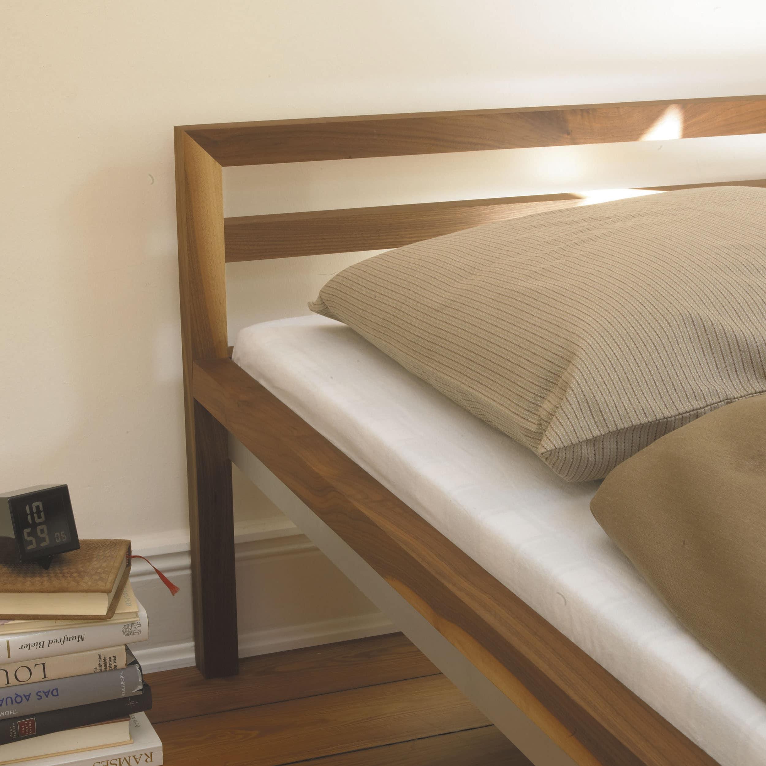 room Bett Eiche