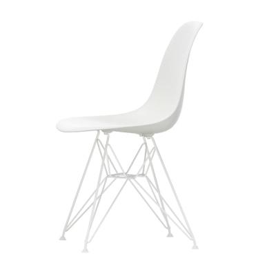 Eames Plastic Side Chair Stuhl DSR Gestell weiß mit Filzgleitern