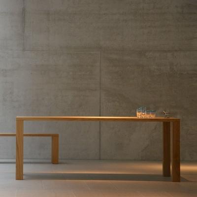Leos Tisch