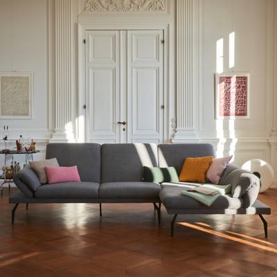 Lier Sofa mit Longchair rechts