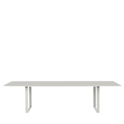 70/70 Tisch