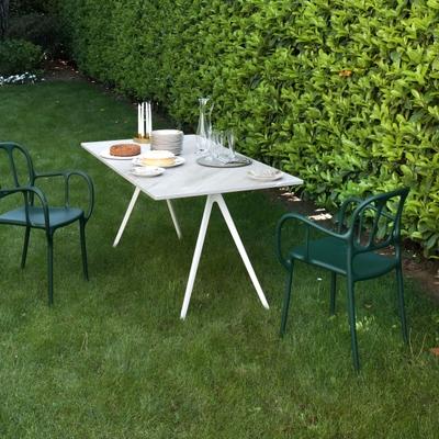 Baguette Tisch