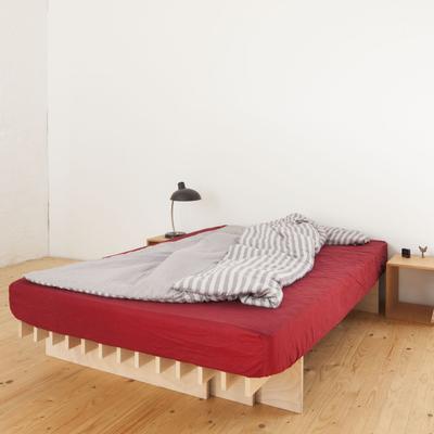 Tojo-parallel Bett